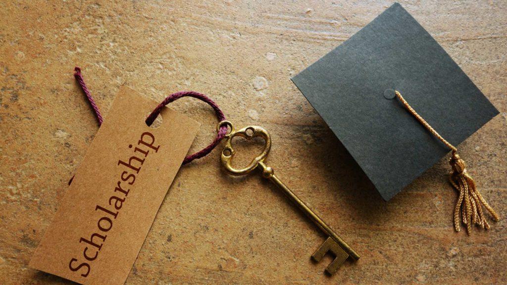 how do scholarships work
